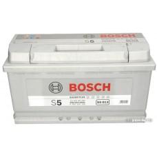 Автомобильный аккумулятор Bosch S5 013 600 402 083 (100 А/ч)