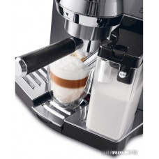 Рожковая кофеварка DeLonghi EC 850.M
